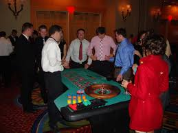 Poker Party Decorations Holiday And Christmas Party Ideas Holiday And Christmas Party
