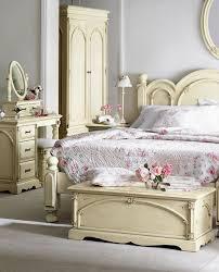 best 25 antique bedroom sets ideas on pinterest antique