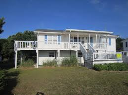 middle row home with beautiful views homeaway emerald isle