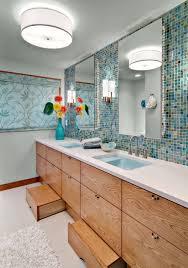 Easy Step Bathtub This Bathroom Features A Blue U201csea Like U201d Backsplash And Hidden