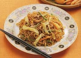 comment cuisiner les nouilles chinoises recette facile de nouilles sautées chinoises made in asie