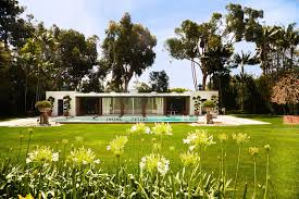 garage with living quarters tom ford closes on betsy bloomingdale u0027s glam holmby hills estate
