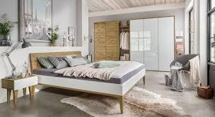 Komplett Schlafzimmer Bett 160 Cm Zweifarbiges Massivholzbett Aus Hochwertiger Wildeiche Vacallo
