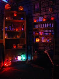 Thriller Halloween Lights by Lighting Looks Perfect For This Witch Room Halloween Pinterest