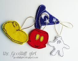 mickey mouse felt ornaments all things disney pinterest