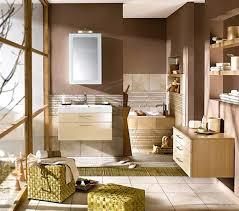 wandfarben badezimmer badezimmer ideen braun beige tür auf badezimmer mit wandfarbe