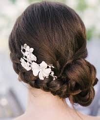 bridal hair bun my wedding hair should up or the knot