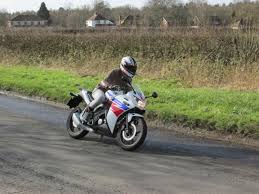 honda cbr range review one week with a honda cbr125r visordown
