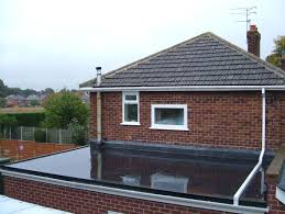 Flat Roof House Flat Roof Materials U0026 Costs Pvc Vs Tpo Epdm Plus Pros U0026 Cons