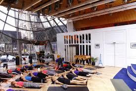 eiffel tower interior homeaway organizes first ever yoga class inside eiffel tower