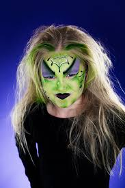 face paint a witch for your halloween party www pandurohobby com