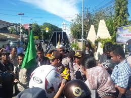 demo sengketa tanah kapolsek kota mamuju dianggap malakukan
