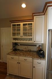 Crown Moulding Kitchen Cabinets by 38 Best Display Cabinets Images On Pinterest Home Display