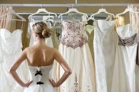 brautkleider kaufen brautkleid kaufen designerware oder ein kleid der stange