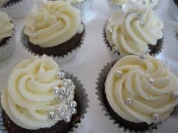 bridal cupcakes blingy bridal shower mini cupcakes jpg www katiskupcakes c flickr