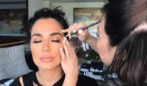 makeup schools in ta ta draws eyebrows for huda kattan of huda beauty png