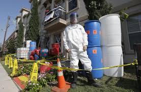 Haunted House Decorations Suburban Dallas Man Erects Ebola Themed Haunted House Ny Daily News