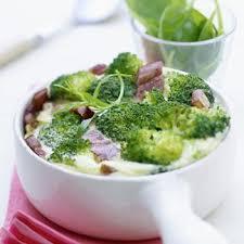 cuisine brocolis recette clafoutis de brocolis cuisine madame figaro