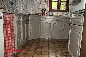 repeindre des meubles de cuisine rustique meuble cuisine rustique simple gallery of quelle peinture pour