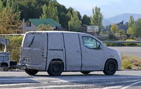 peugeot partner 2017 interior spyshots take a look inside the 2018 citroen berlingo and new