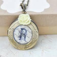 personalized photo lockets personalized lockets bridesmaid lockets bridesmaid gift