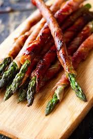 crispy prosciutto wrapped asparagus recipe thanksgiving bacon