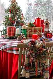 Outdoor Christmas Decoration Ideas by Best 20 Cabin Christmas Decor Ideas On Pinterest Christmas