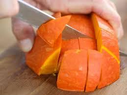 comment cuisiner le potimarron purée de potimarron aux oignons recettes femme actuelle
