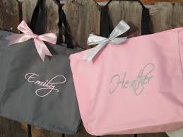bridesmaids gift bags 15 personalized bridesmaid gift totes monogrammed tote bags team