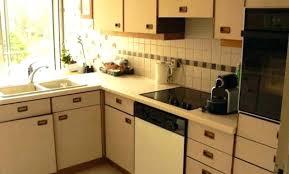 cuisine en formica peinture pour formica cuisine cuisine blanche contemporaine