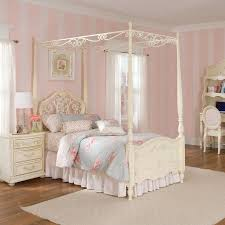 canopy for beds little girl canopy bed 19