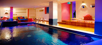 hotel piscine dans la chambre hotel westside arc de triomphe site officiel hotel 4 étoiles cosy