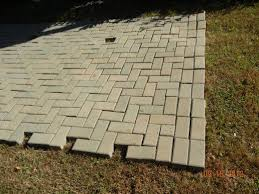 How To Lay Patio Bricks How To Lay Pavers For A Patio Fixing A Brick Patio Yourself