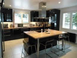 cuisine moderne et noir cuisine moderne avec ilot central 15 ilot central noir et bois