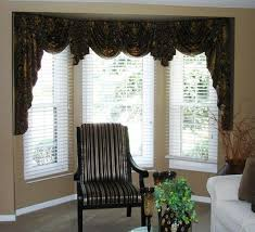 Curtains Valances And Swags Valances For Bay Windows In Living Room Valances Pinterest