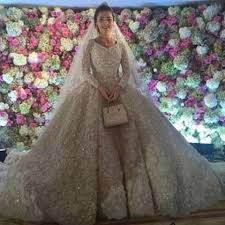 expensive wedding dresses prepare to swoon the world s most expensive wedding dresses