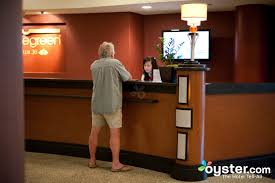 Hotel Front Desk Agent Bluegreen Club 36 Hotel Las Vegas Oyster Com Review