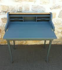 bureau a peindre bureau repeint top repeindre un meuble en bois peindre vieux bureau