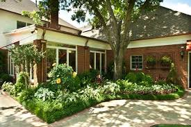Southern Garden Ideas Southern Charm Traditional Landscape Nashville By Gurley S