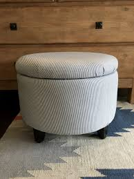 Diy Storage Coffee Table by Coffee Table Best 25 Small Storage Ottoman Ideas On Pinterest