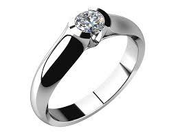 zasnubni prsten originální a velmi výrazný zásnubní prsten který vyniká zejména