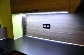 eclairage plan travail cuisine eclairage led cuisine plan de travail eclairage led plan de travail