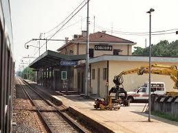 delle codroipo codroipo si stende sui binari poco prima dell arrivo treno