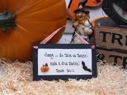 no halloween sorry no trick or treats halloween party plaque halloween