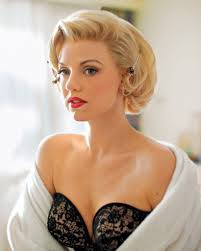first look kelli garner in u0027the secret life of marilyn monroe u0027