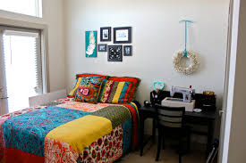 Exellent College Apartment Bedroom Decorating Ideas Amazing Rooms - Apartment bedroom designs