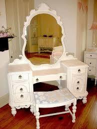 Wooden Girls Vanity Best 25 Little Vanity Ideas On Pinterest Girls Vanity