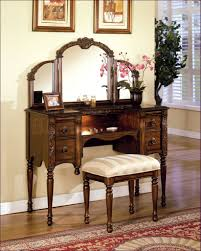 Where Can I Buy A Vanity Table Bedroom Fabulous Vanity And Makeup Table Makeup Vanity Table And