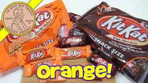 kit kat halloween candy kit kat halloween orange u0026 triple chocolate youtube