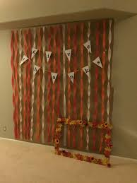 diy fall photo booth backdrop for halloween or thanksgiving fall